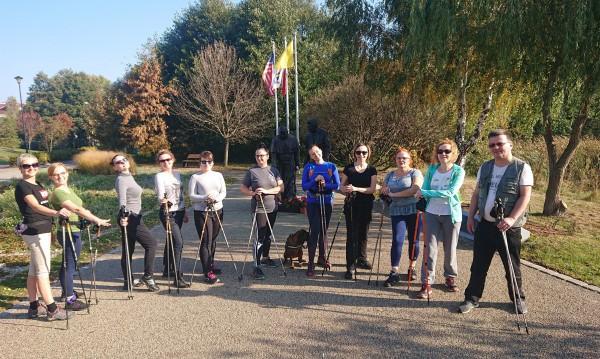 Gdański Ośrodek Pomocy Psychologicznej dla Dzieci i Młodzieży na zajęciach Nordic Walking